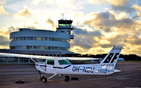 BF-Lento | Malmin lentoasema | Cessna 152